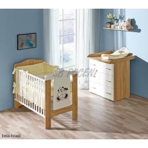 Posteljica 120 x 60 cm z komodo in posteljnino